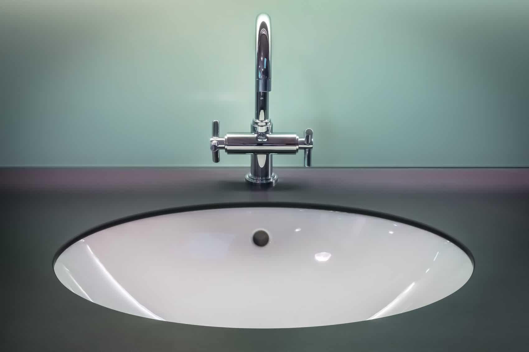 Eliminer les mauvaises odeurs des canalisations